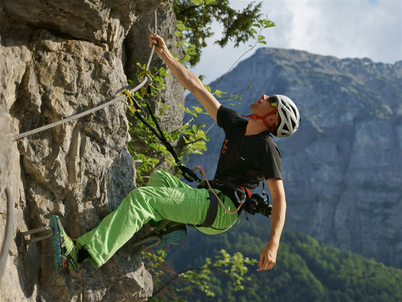 Klettersteig Englisch : Basic klettersteige training an introduction to technique and