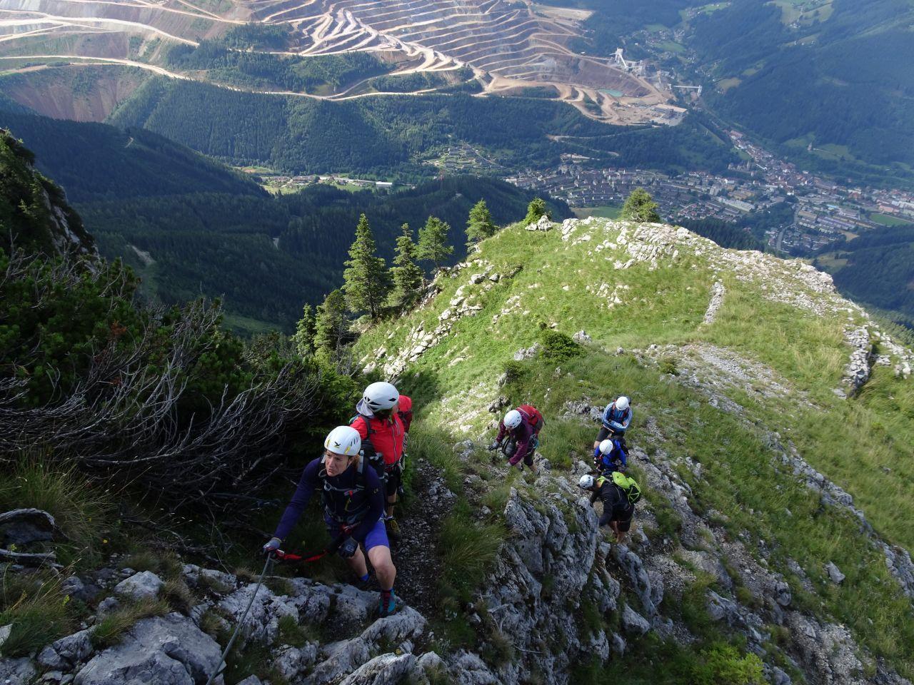 Eisenerzer Klettersteig : Eisenerzer klettersteig pfaffenstein alpenverein