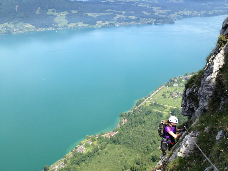 Klettersteig Mahdlgupf : Mahdlgupf klettersteig über dem attersee