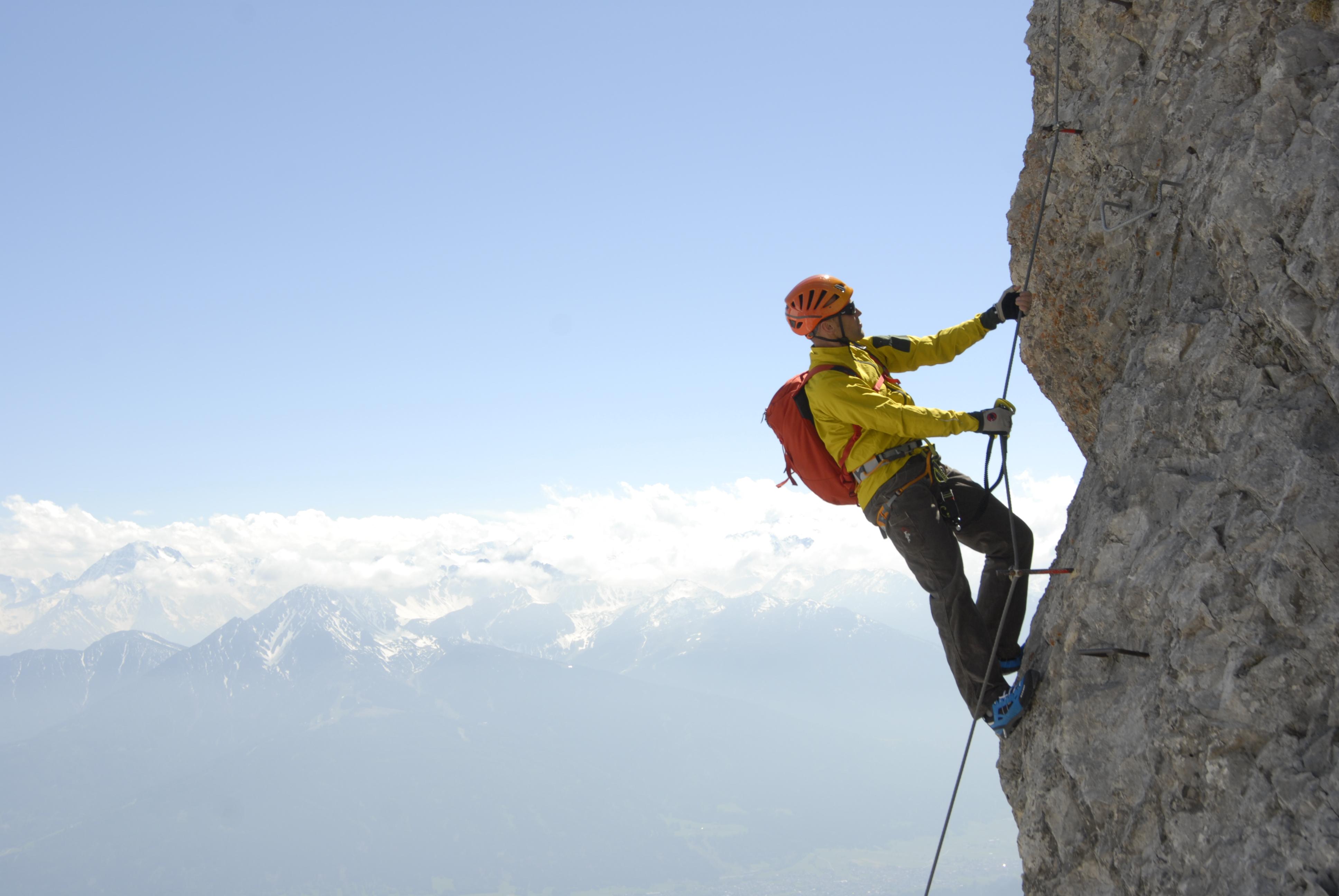 Klettersteigset Anlegen Bremsseil : Klettersteige 10 empfehlungen alpenverein