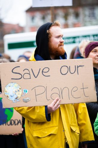 "Impressionen der ""Fridays for Future""- Bewegung. Foto: Photo by Markus Spiske on Unsplash"