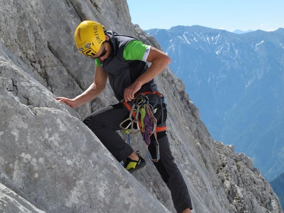 Bild zu 1905-Alpin: Alpinkletterkurs