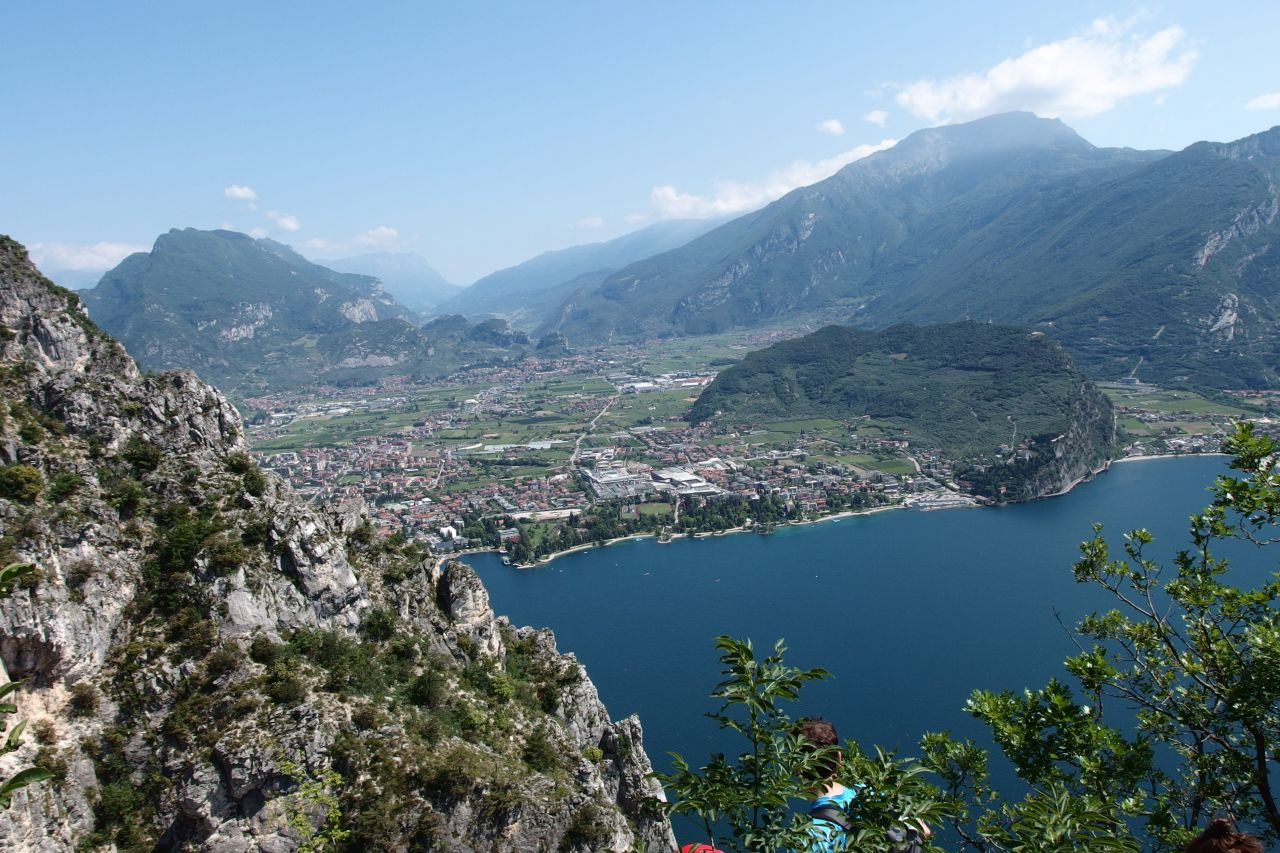 Klettersteig Riva Del Garda : Liveoutdoorlife lolgarda klettersteig che guevara casale berg