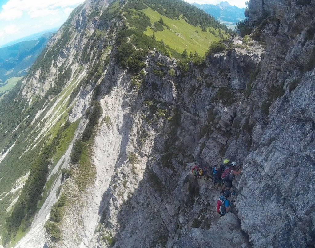 Klettersteig Oberjoch : ᐅ salewa klettersteig adrenalinkitzel hart am abgrund