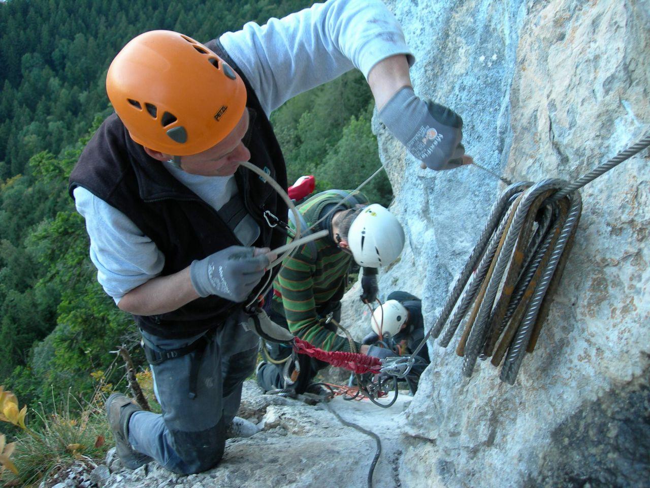 Klettersteig Via Kapf : Klettersteige kapf und kessi alpenverein