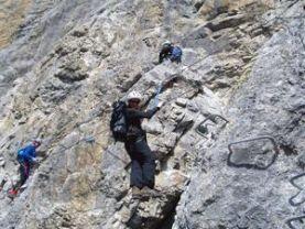 Klettersteigset Richtig Einhängen : Klettersteig wir kommen aber richtig alpenverein