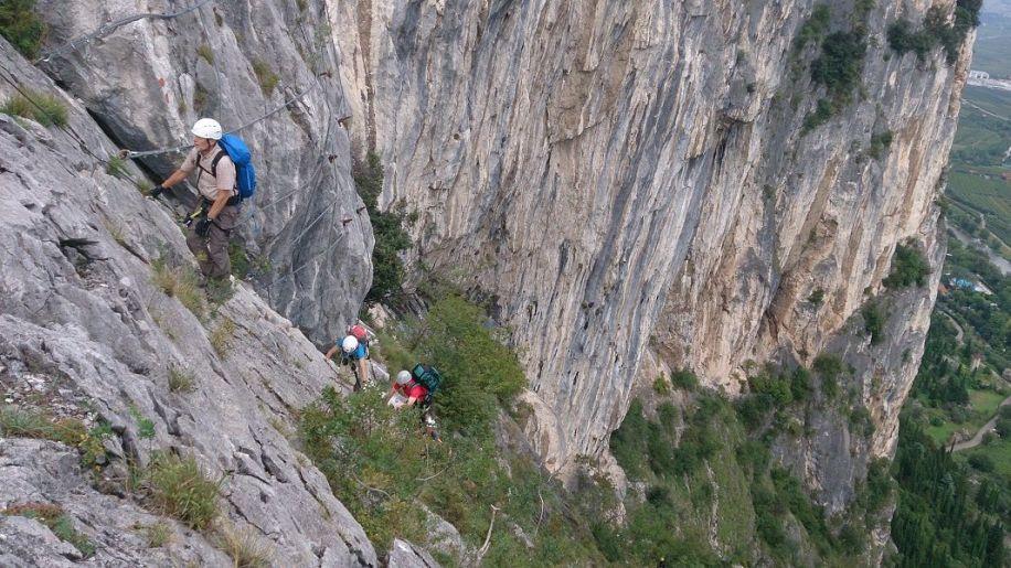 Klettersteig Gardasee : Alpingruppe klettersteigtage gardasee alpenverein