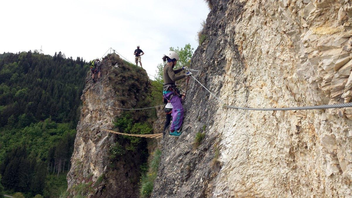 Klettersteig Burg : Klettersteig mit blick auf rottenmann burg strechau