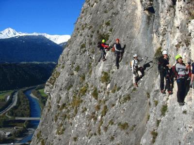 Klettersteig Mayrhofen : Martinswand klettersteig alpenverein
