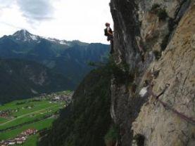 Kletterausrüstung Zillertal : Topos zu klettertouren im zillertal alpenverein